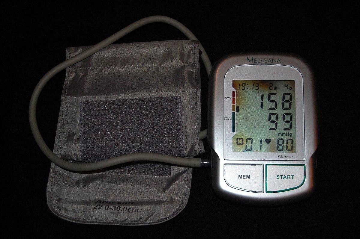 magas vérnyomás és kora