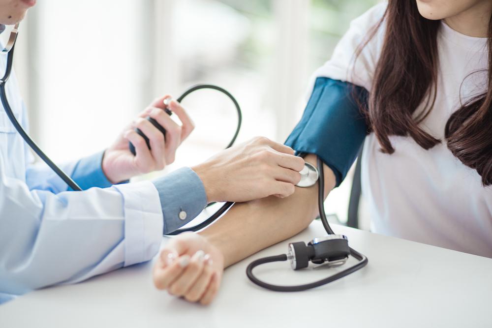 nyomás magas vérnyomás esetén 3 fok