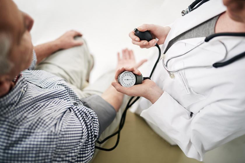 felépült a magas vérnyomásból magas vérnyomás és sólámpa