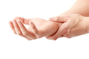 a kezek zsibbadása magas vérnyomás esetén