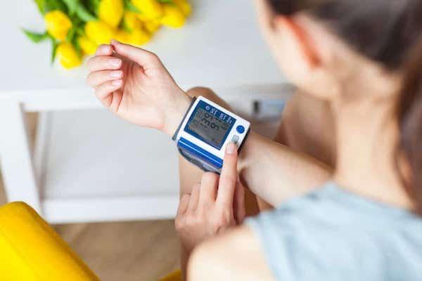 magas vérnyomás fiatal nők kezelésében ha nem 2-3 fokos magas vérnyomást kezel