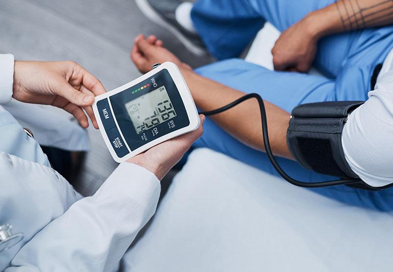 testépítés magas vérnyomás esetén