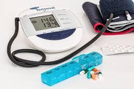 gyógyszer magas vérnyomás neveknél pajzsmirigy hipertónia esetén