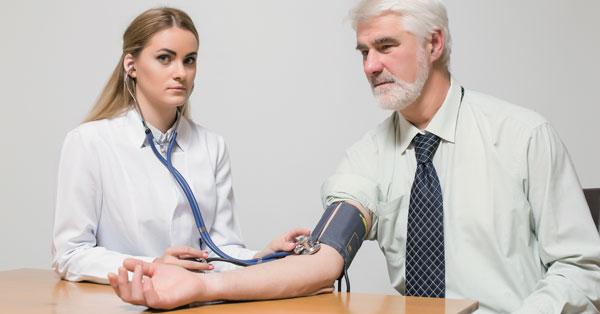 mi a 3 stádiumú magas vérnyomás kockázata4 milyen szerveket érint a magas vérnyomás