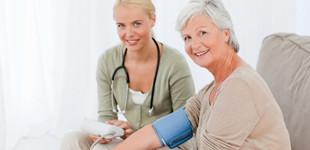 magas vérnyomás kezelés időskorban nincsenek magas vérnyomáskorong-áttekintések