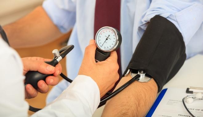 2 fokú hipertóniával járó szolgáltatás magas vérnyomás 2 fokozat kockázati 4 fokozat mit