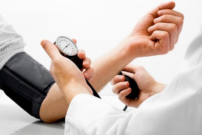 magas vérnyomásos köhögés magas vérnyomás szédül