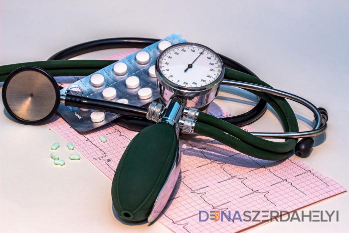 színes hipertónia folyadék a tüdőben magas vérnyomás esetén
