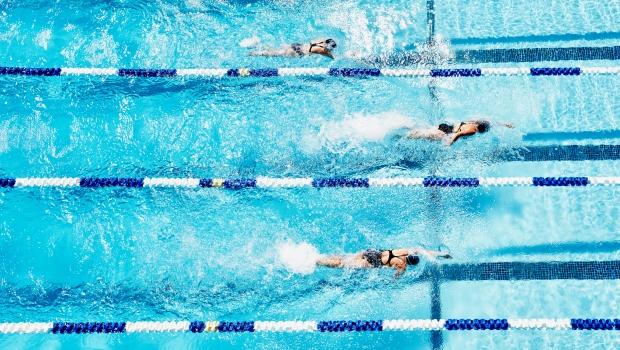 úszás a medencében magas vérnyomásban vese masszázs magas vérnyomás esetén