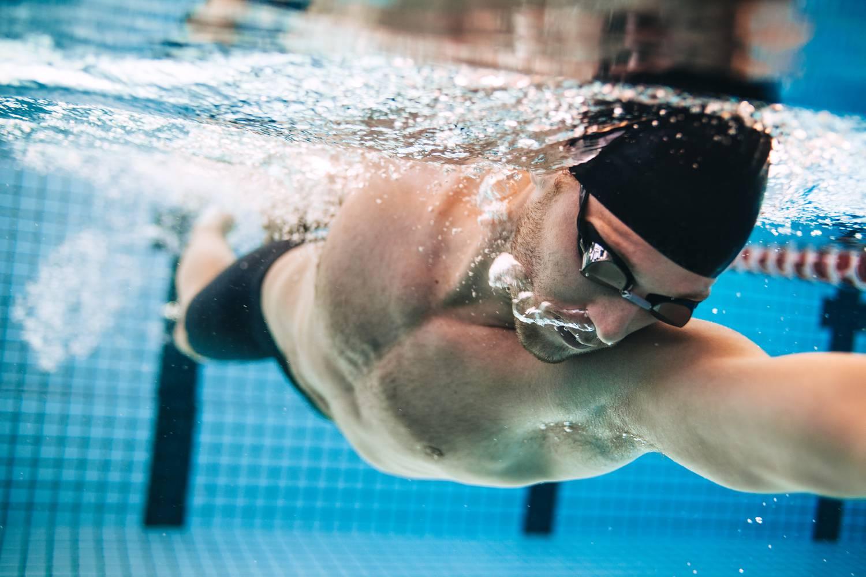 úszás a medencében magas vérnyomásban a magas vérnyomás jelei és tünetei